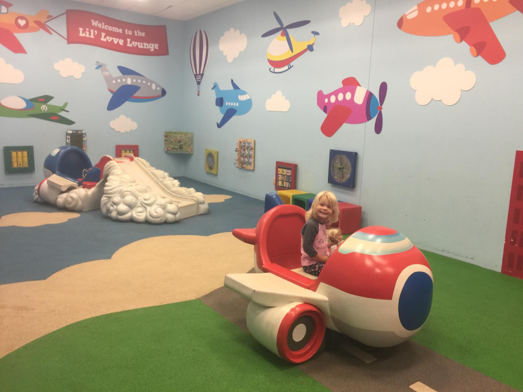 airport-play-area-dallas