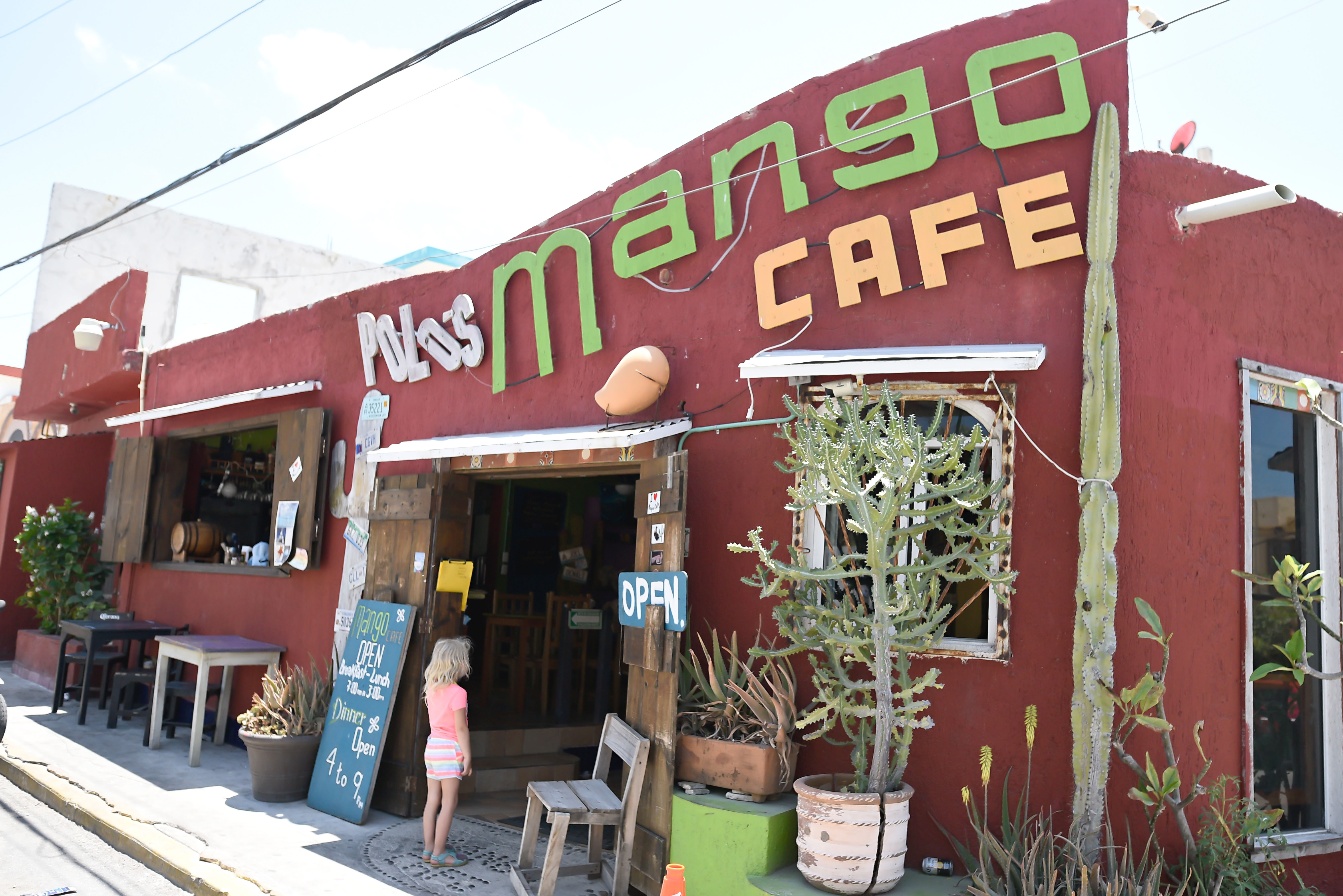 MangoCafe1
