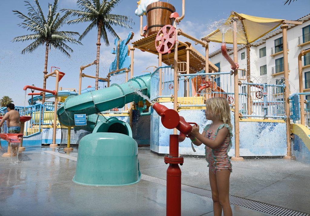 courtyard anaheim theme park entrance water park