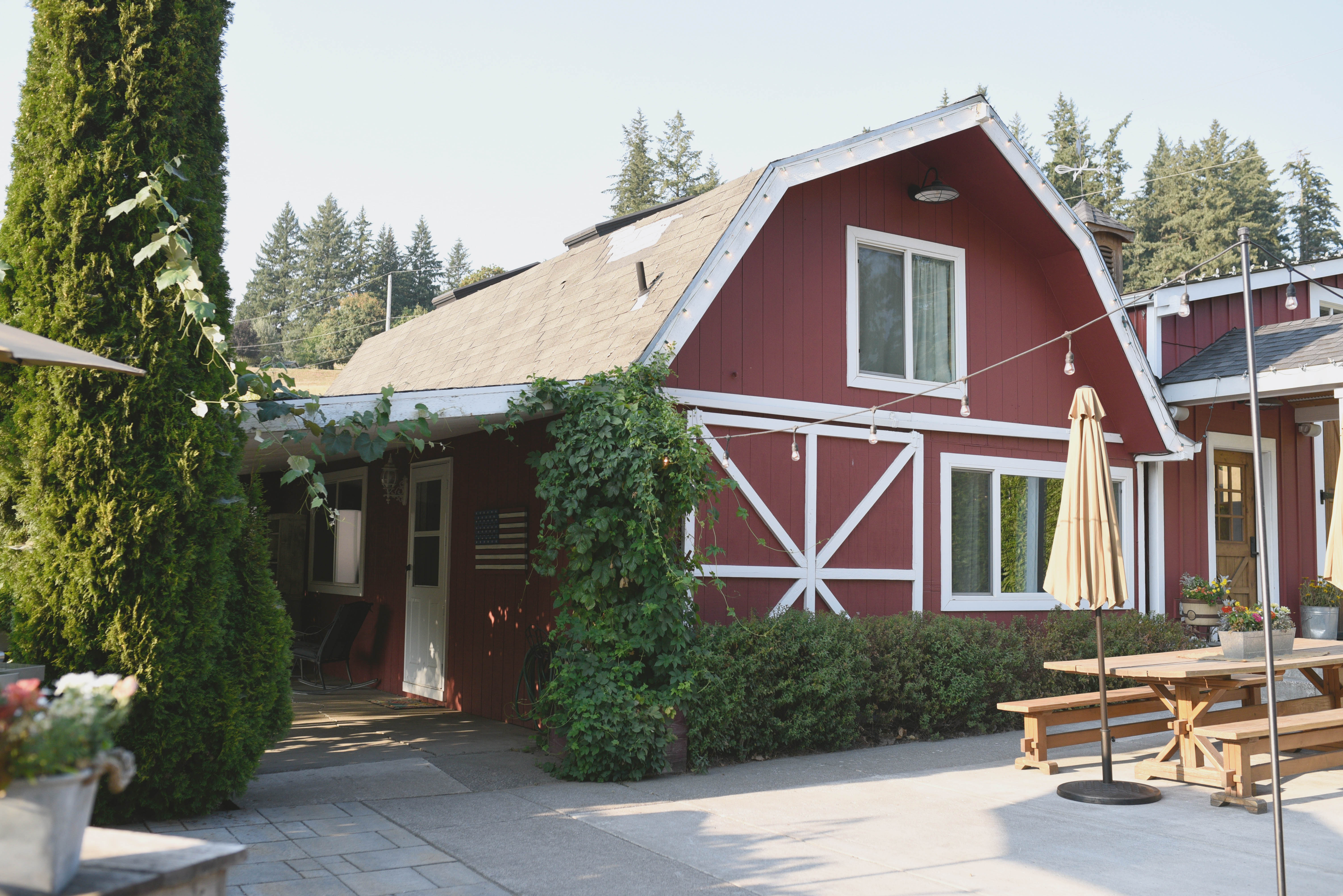 Stupendous Farmhouse Airbnb In Oregon Family Friendly Travel Destinations Ocoug Best Dining Table And Chair Ideas Images Ocougorg
