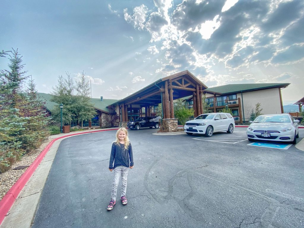 best family kid friendly hotel in Estes Park
