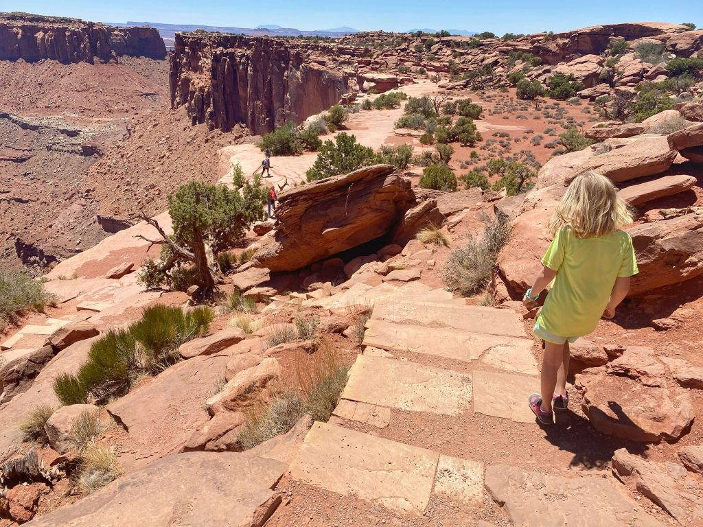 best kid friendly hiking canyonlands