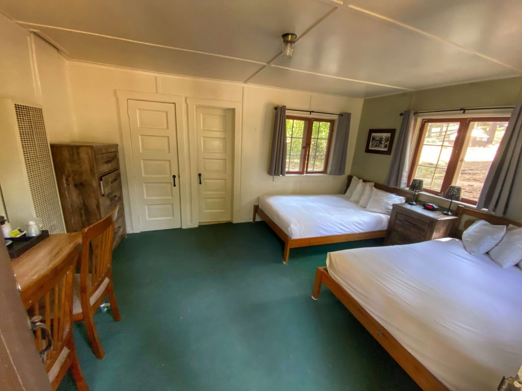 where to stay in kings canyon national park with kids